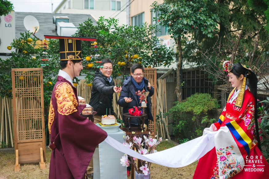 korean traditional house wedding ceremony with photography core travel