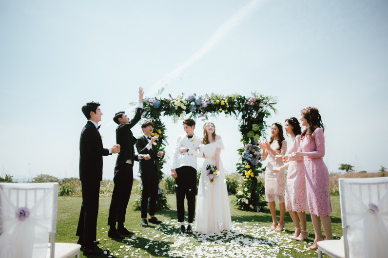 Outdoor Small Wedding in Jeju Island
